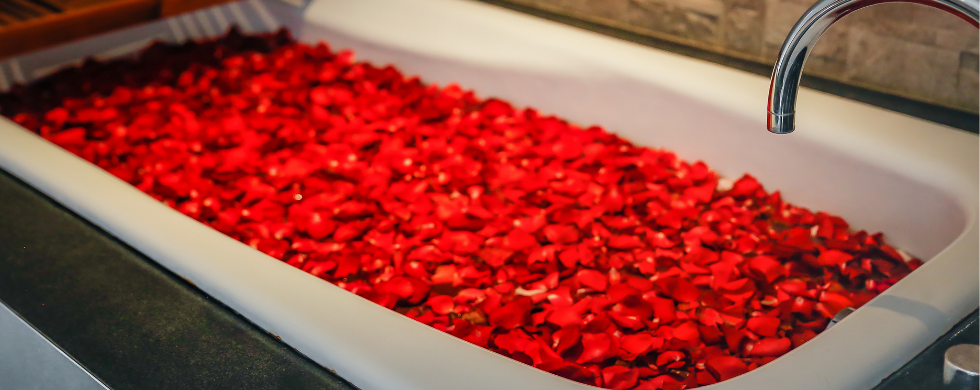 Learn The Perfect Way To Take a Bath This Valentine's Day!